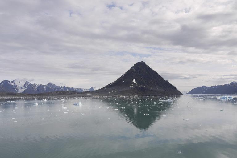Brita Kreutzfeldt · Kreuzfahrt · Arktis · 2011 · Pyramide